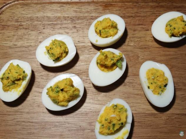 gefüllte Eier fertig