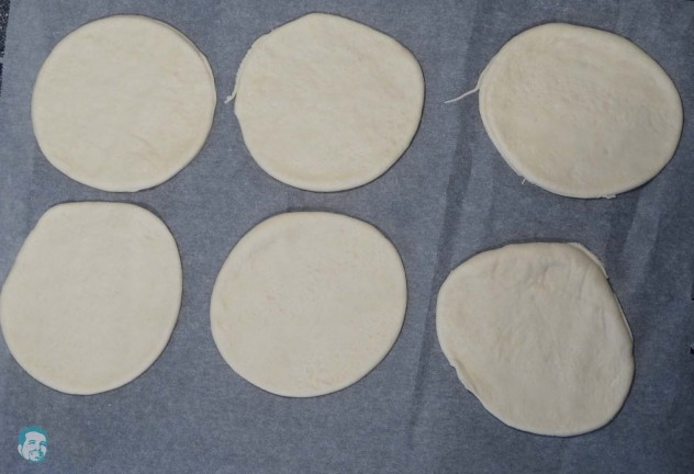 Empanadas ausstechen