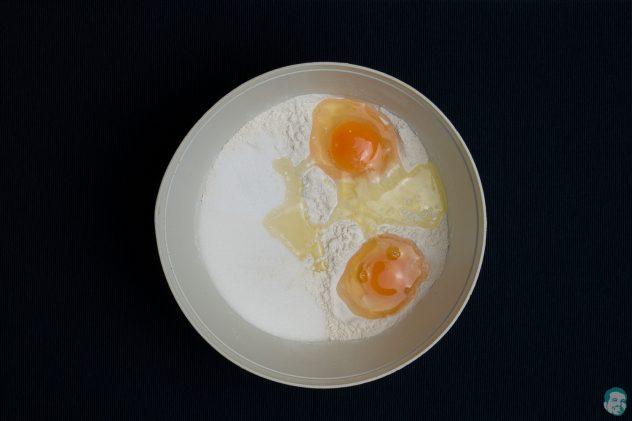 Osterhasen aus Germteig - Mehl, Ei und Zucker